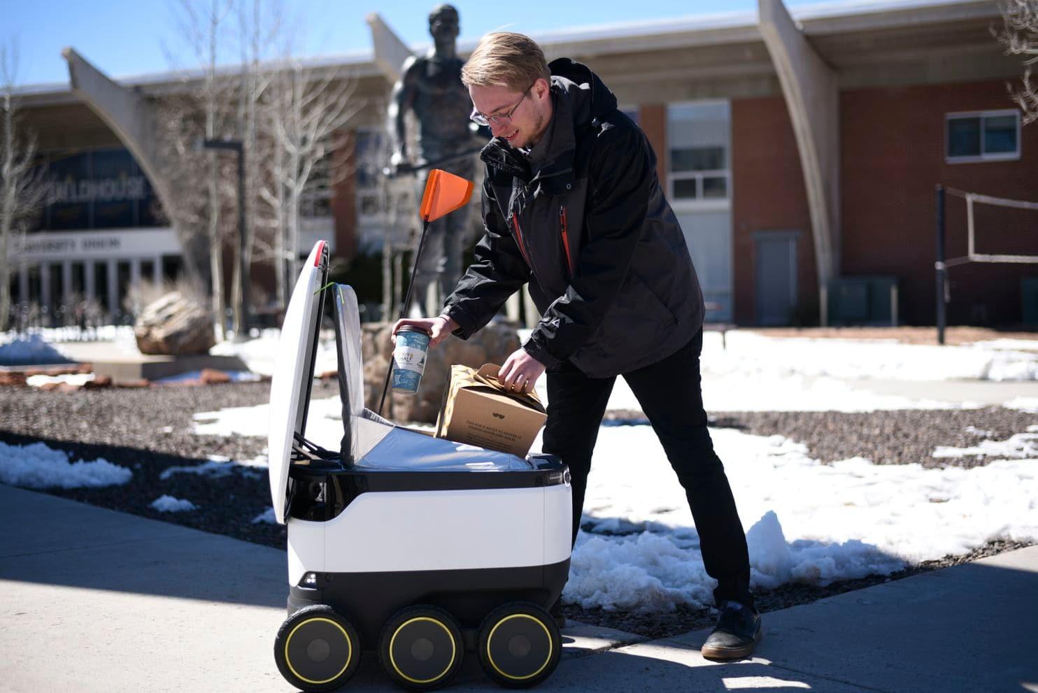 Как робот-доставщик изменил кулинарные привычки американских студентов