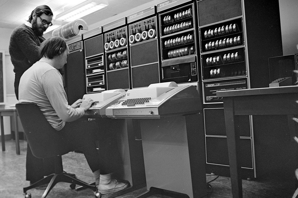 Краткая история open source — как свободное ПО сражалось с проприетарным